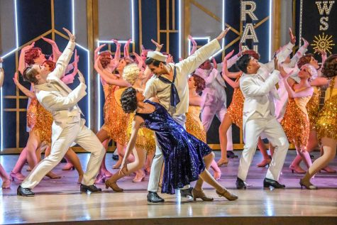 CAST OF 42ND STREET PREPARES FOR HUGE TURNOUT