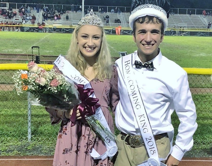 KOZINSKI AND PONGRACZ CROWNED HOMECOMING KING AND QUEEN